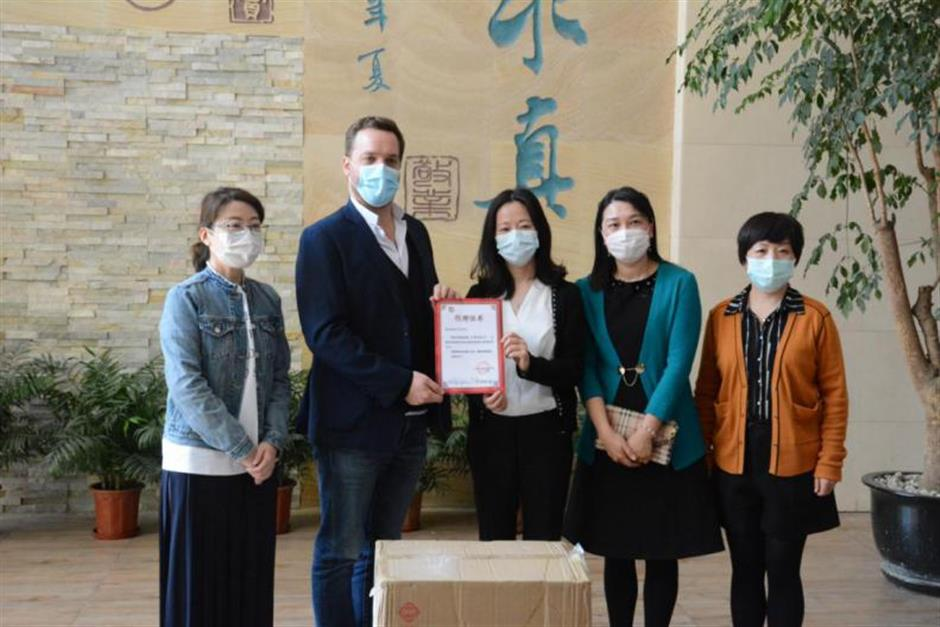 Sopexa Agency donates masks to Shanghai districts