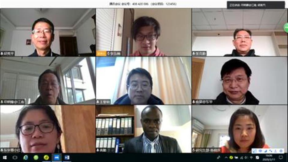 Candidates defend their PhD thesis online