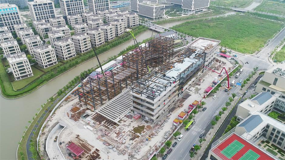 Work on world-class science institute nearing completion