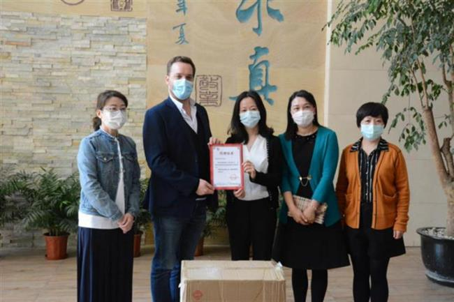 Sopexa donates 8,000 face masks to Shanghai