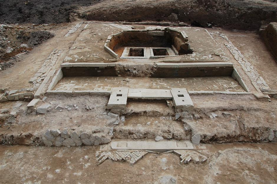 National treasure unearthed by tomb raiders