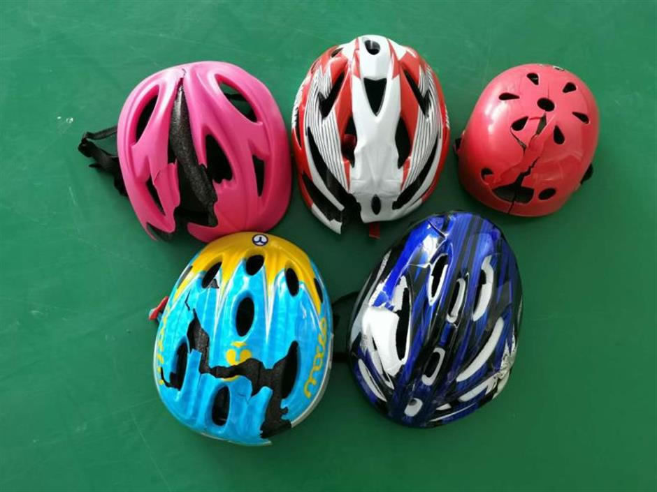 Helmets and shoes for children fail tests