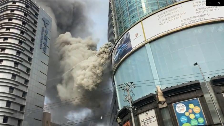 Police detain restaurant staff after fire