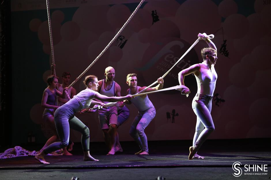 Art performances return at downtown theaters