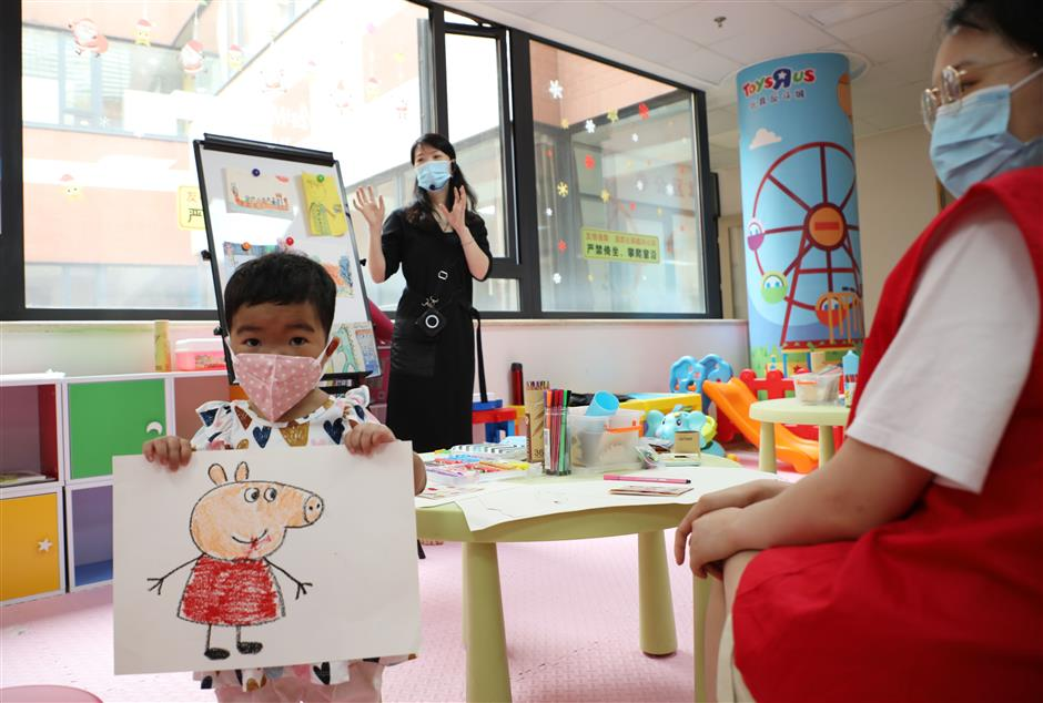 Painting competition, exhibition at children's hospital