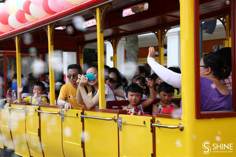 All aboard at Shanghai Happy Valley amusement park