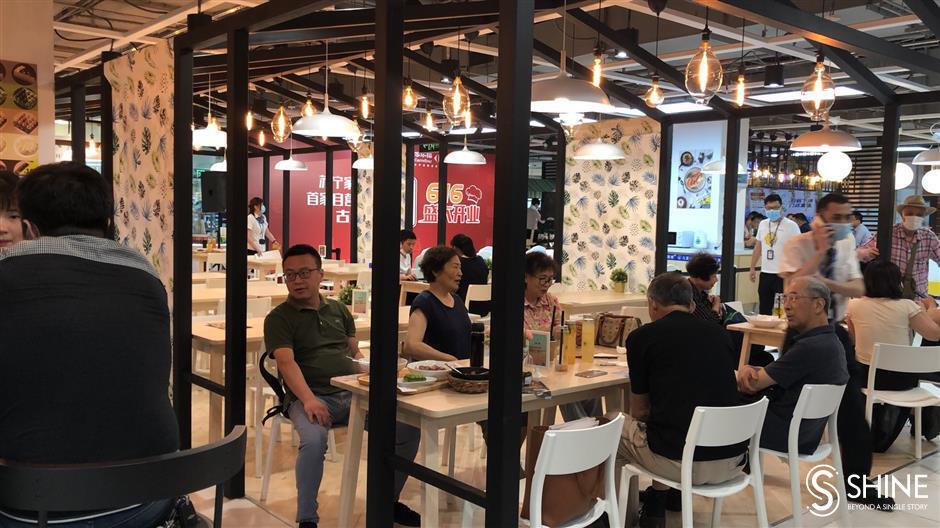 Carrefour opens first Mr Fu restaurant in Shanghai