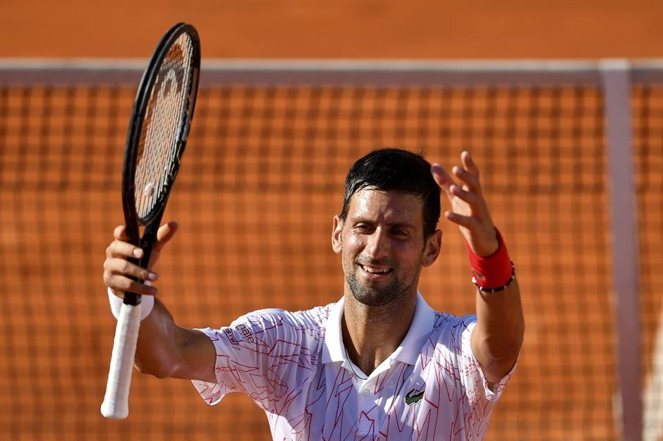 Djokovic tests positive for coronavirus, apologises to other players