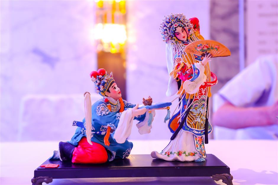 Taizhou touts tourism during Shanghai event