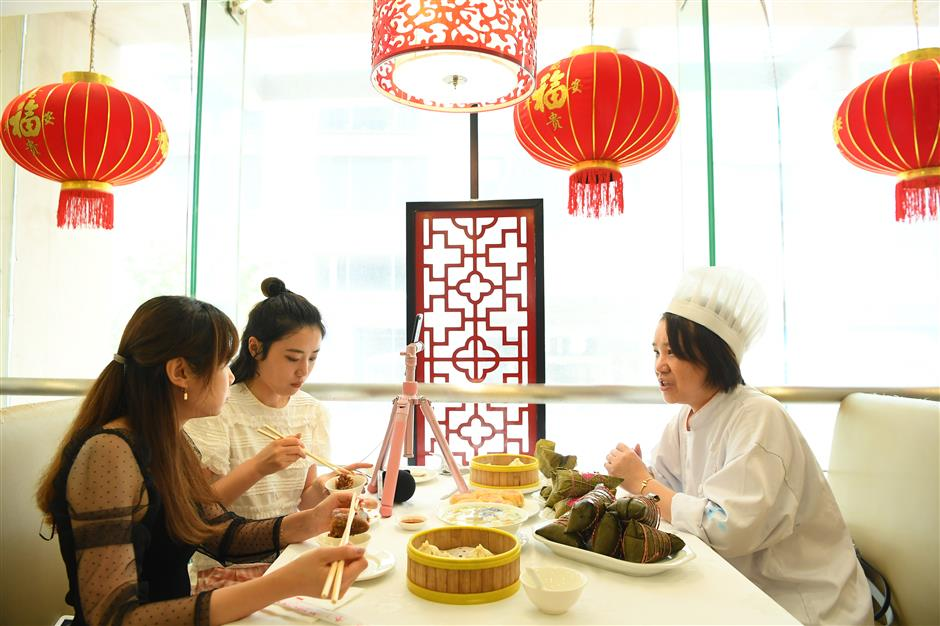 Walk back in time on Jing'an cultural tour