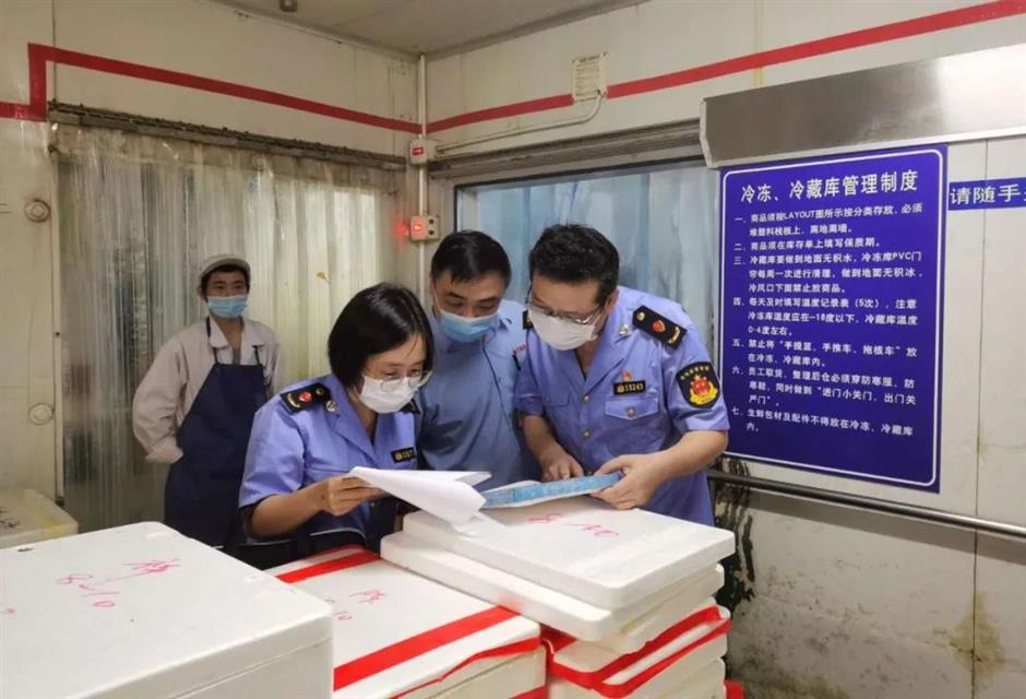 Market watchdogs act quickly on imported food coronavirus scare