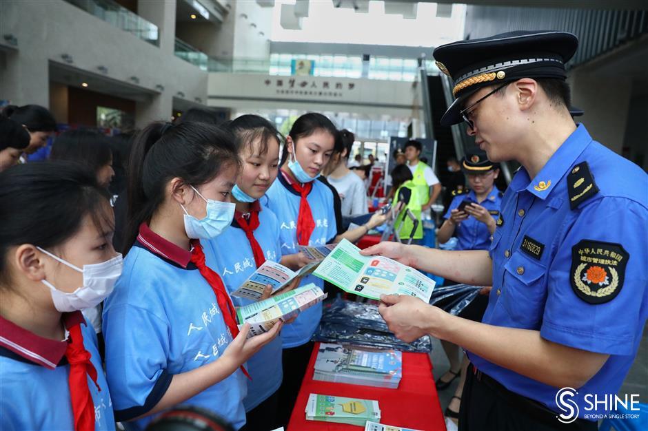 Public praise for urban management in city