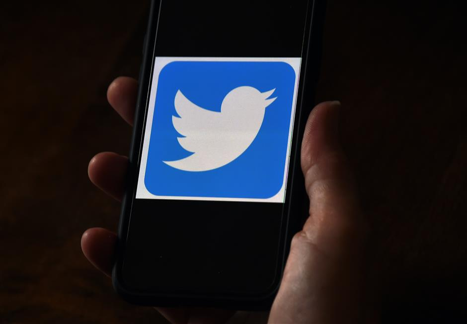 Twitter says employees manipulated by hackers