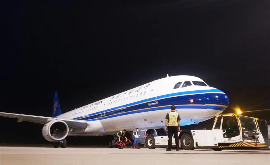Anti-coronavirus supplies arrive in Urumqi