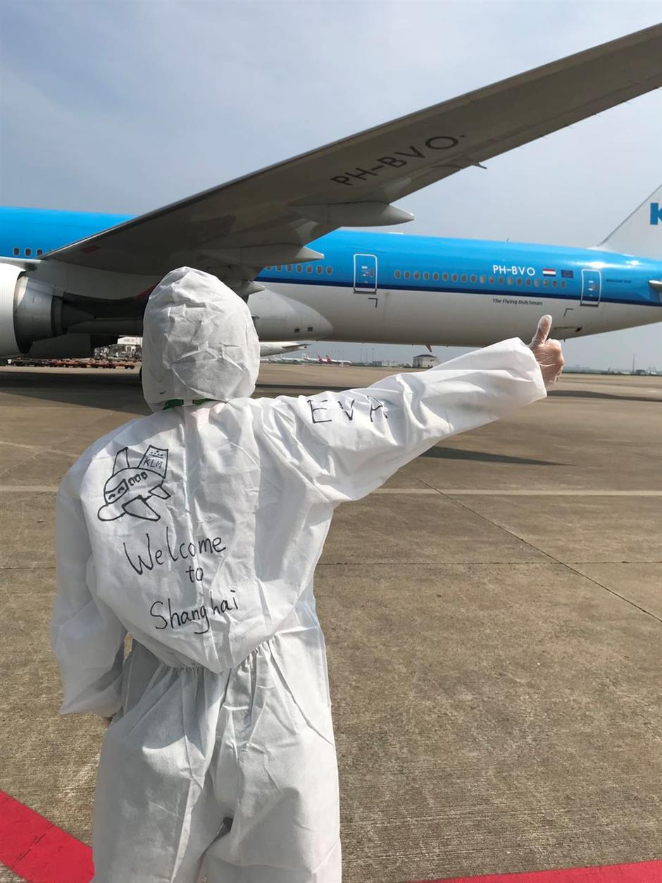 More foreign carriers resume service to Shanghai