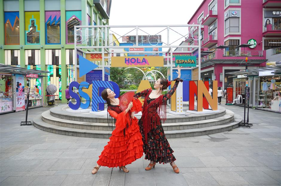 Life Hub to savor the flavor of Spanish culture