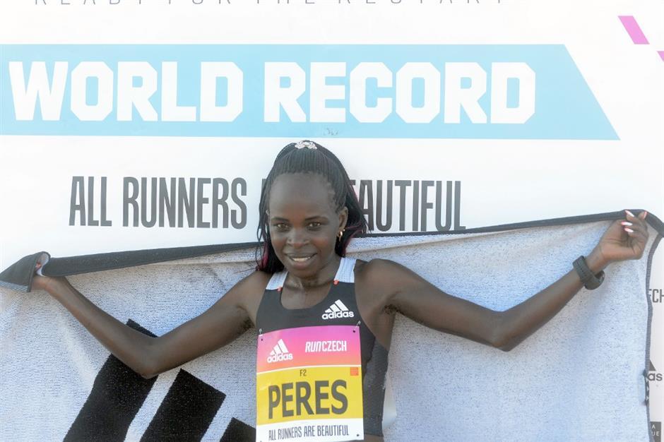 Jepchirchir sets new women-only half marathon world record