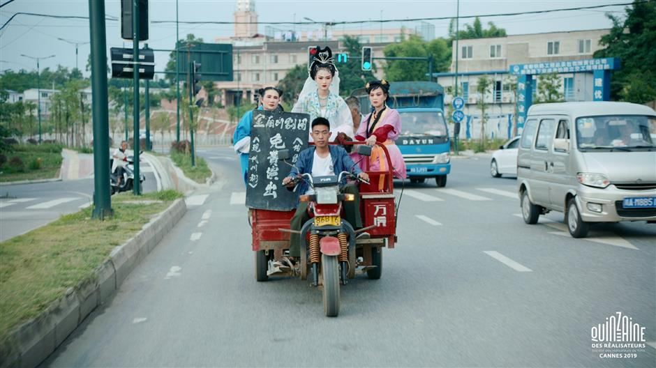 Film highlights woes of Sichuan Opera troupe
