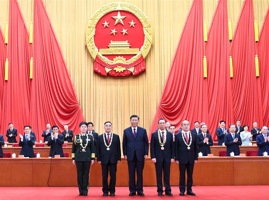 Xi honors Chinas brave COVID-19 fighters