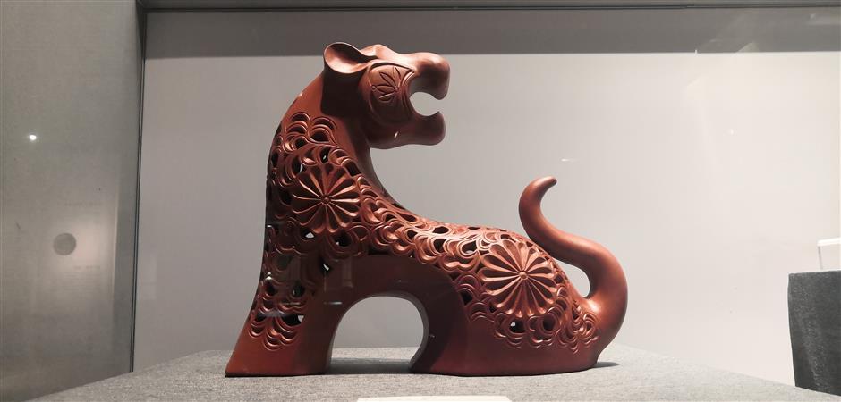 Zisha teaware on exhibit at Hangzhou kiln museum