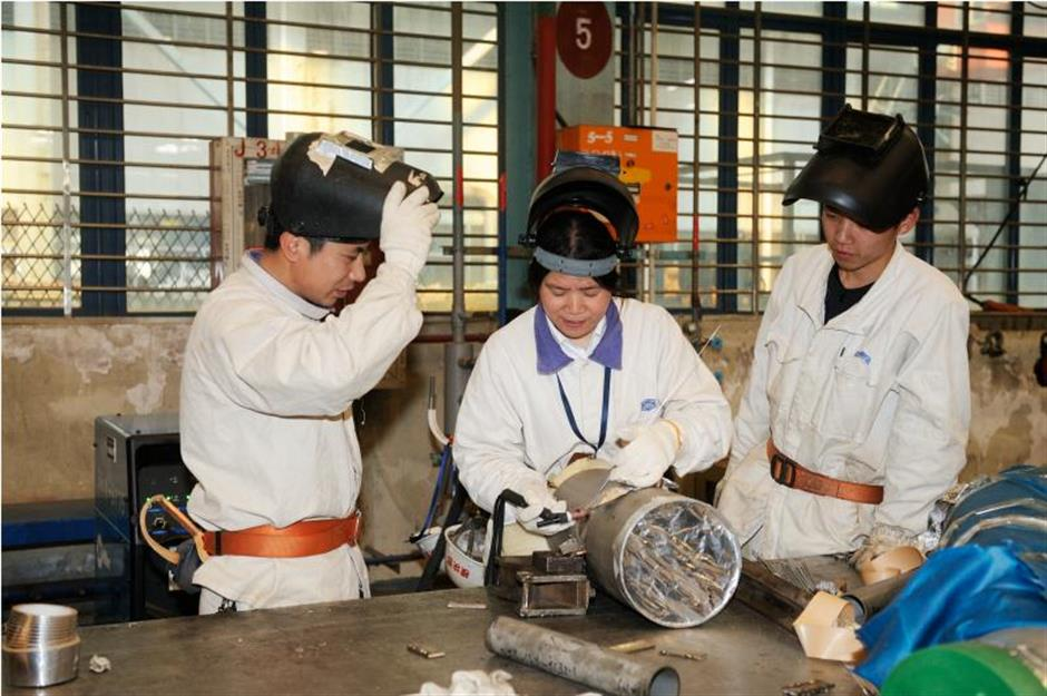 Welding talent and determination, a woman succeeds in male-dominated job
