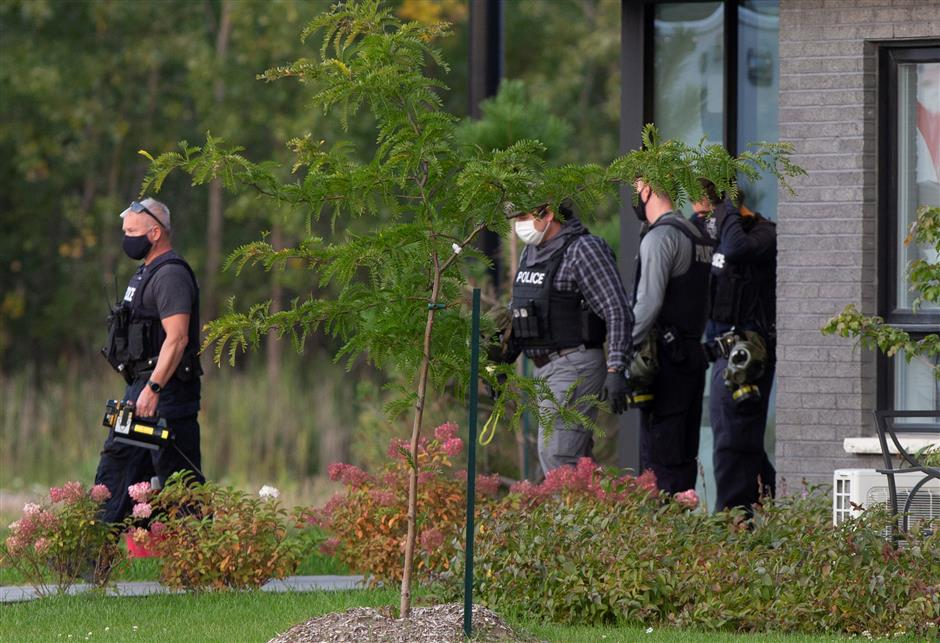 Mounties raid flat over ricin-laced letter to White House