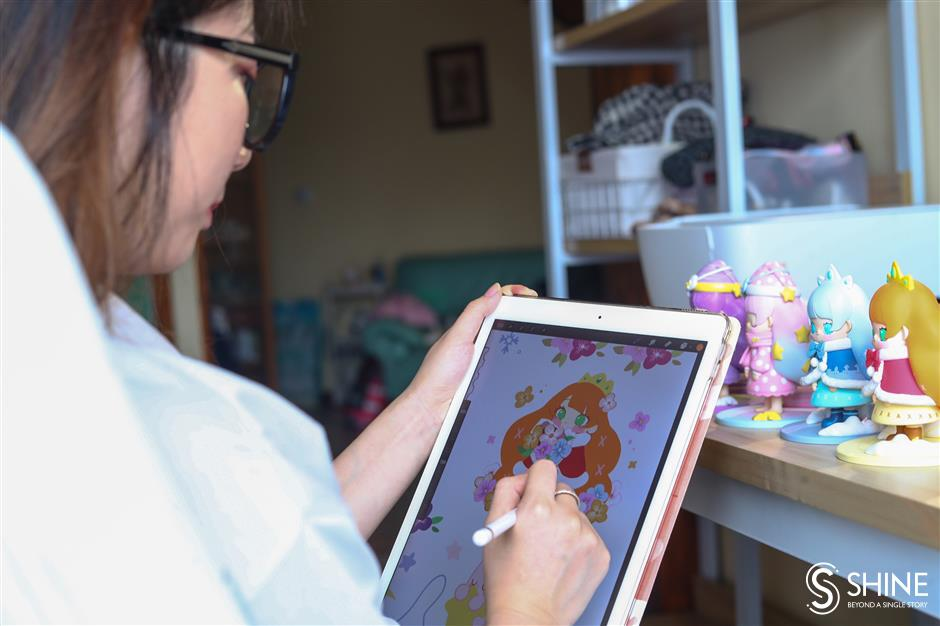 Three entrepreneurs cope with blind alleys in toy-art startup