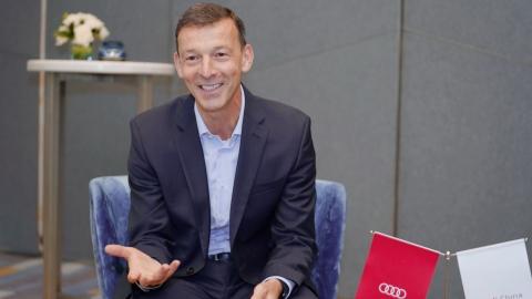 China Salesman Deutsch