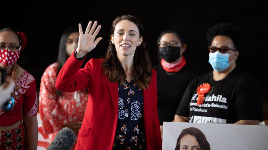 New Zealand PM casts advance vote in general election