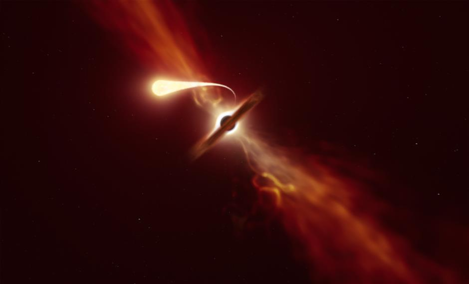 Massive black hole turns star into spaghetti