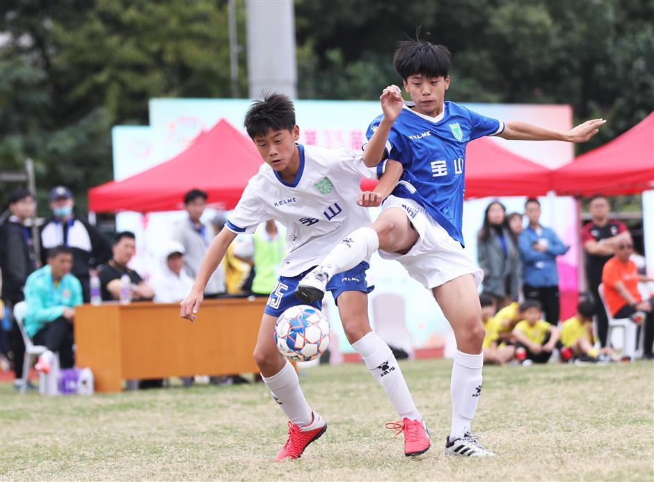 Local students football tourney concludes