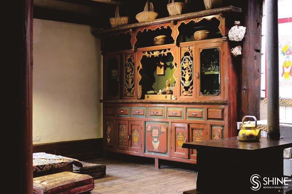 Feng shui harmony in a Tibetan-style eco lodge