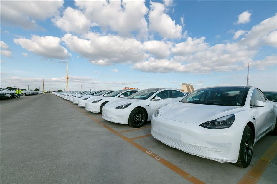 Tesla ready to export Model 3s to Europe from its Shanghai plant