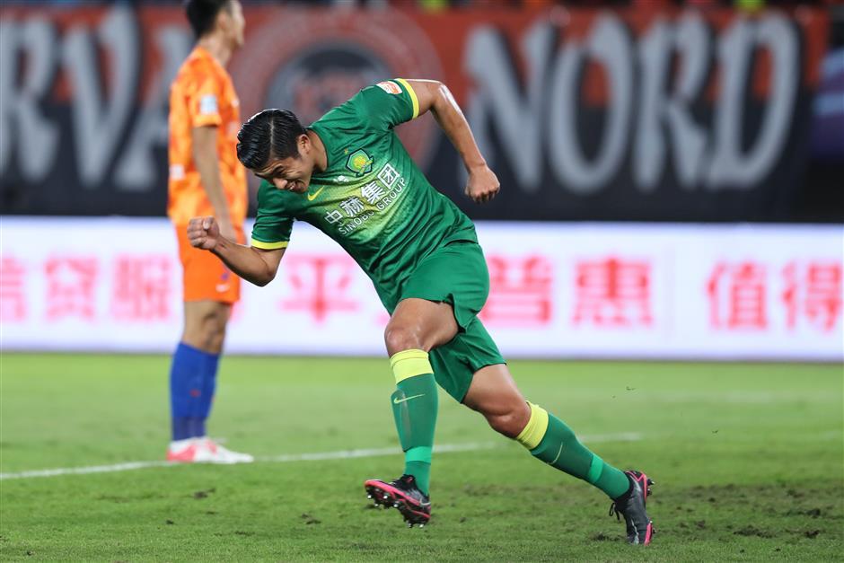 Zhang double earns Beijing last-4 clash with champion Guangzhou