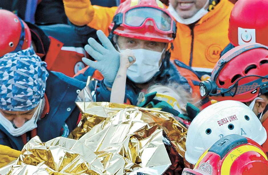 2 girls rescued days after quake in Turkey