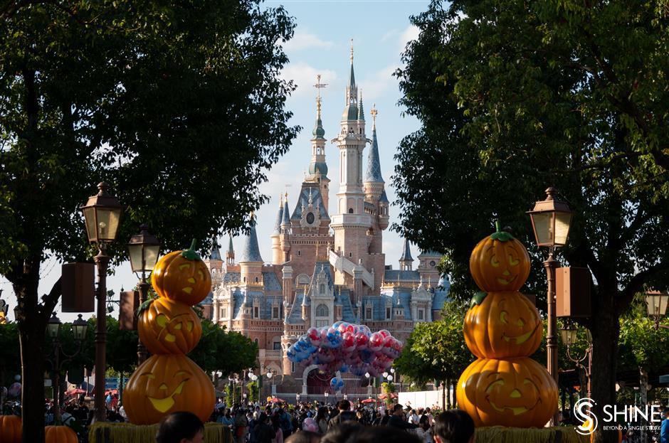 Shanghai International Resort goes from strength to strength