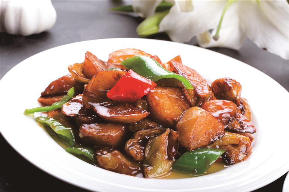 Sharpen your knife and heat up the wok