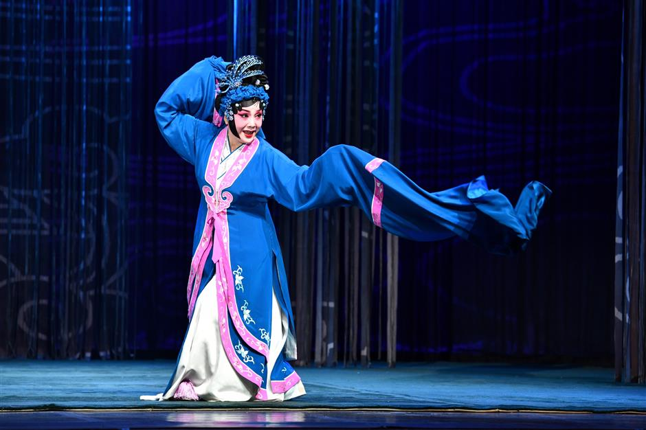 Young artists twist on old Chinese operas