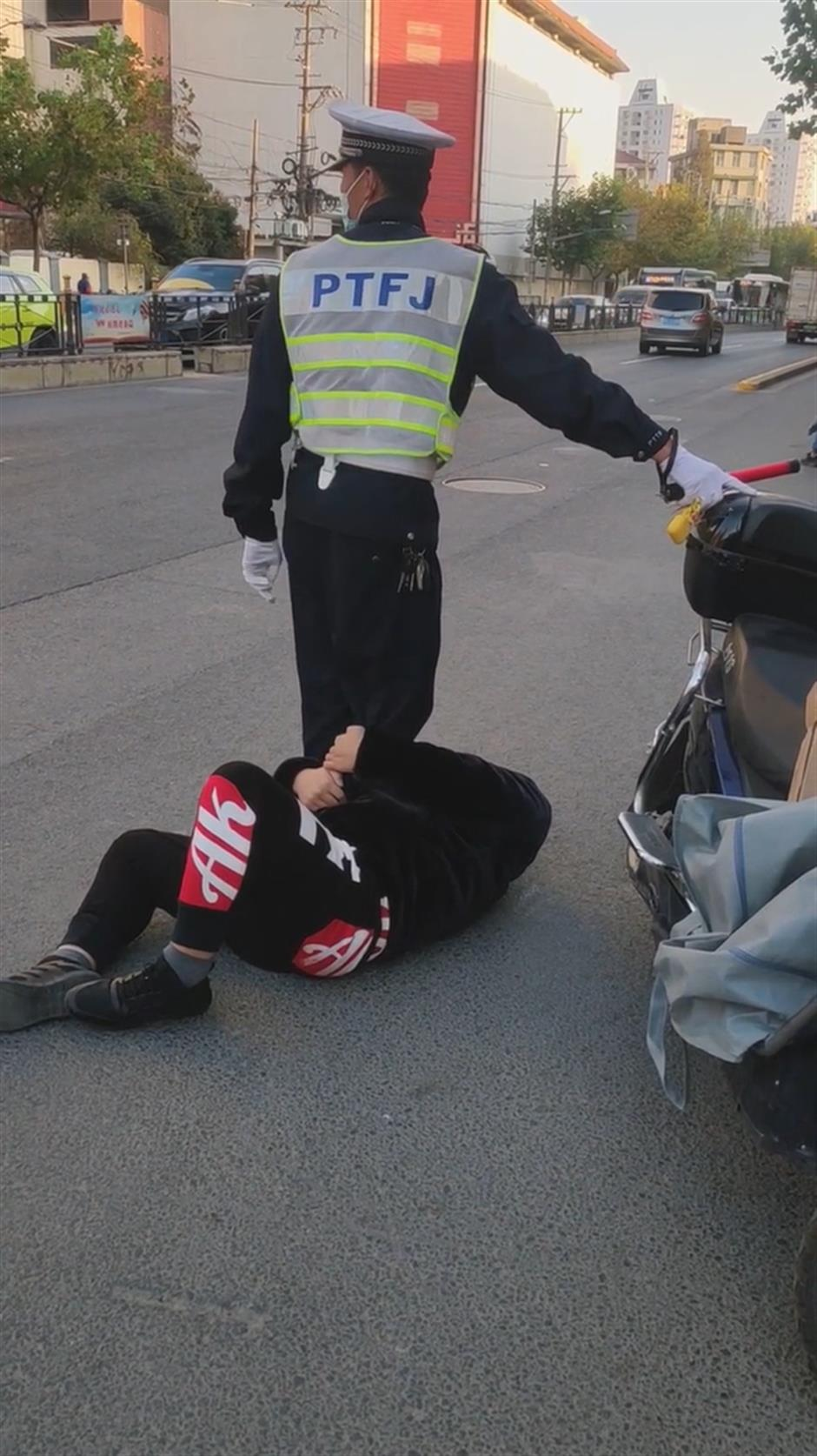 Police assistant didnt attack traffic offender: police