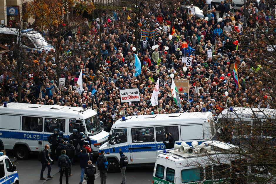 Mass German protests at virus restrictions