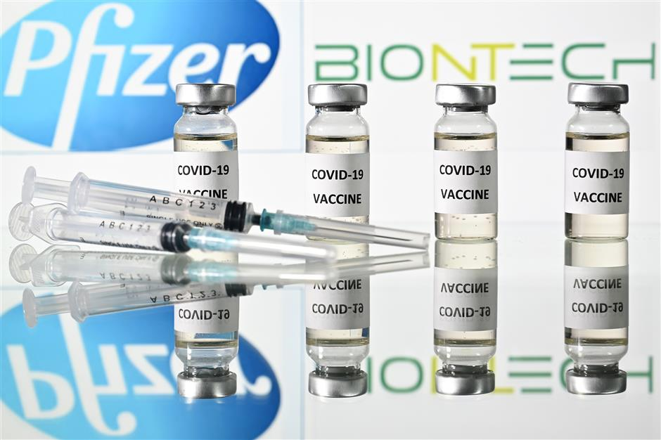 Pfizer/BioNTech seek first vaccine approval in US