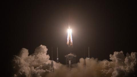 China's Chang'e-5 probe enters lunar orbit - SHINE