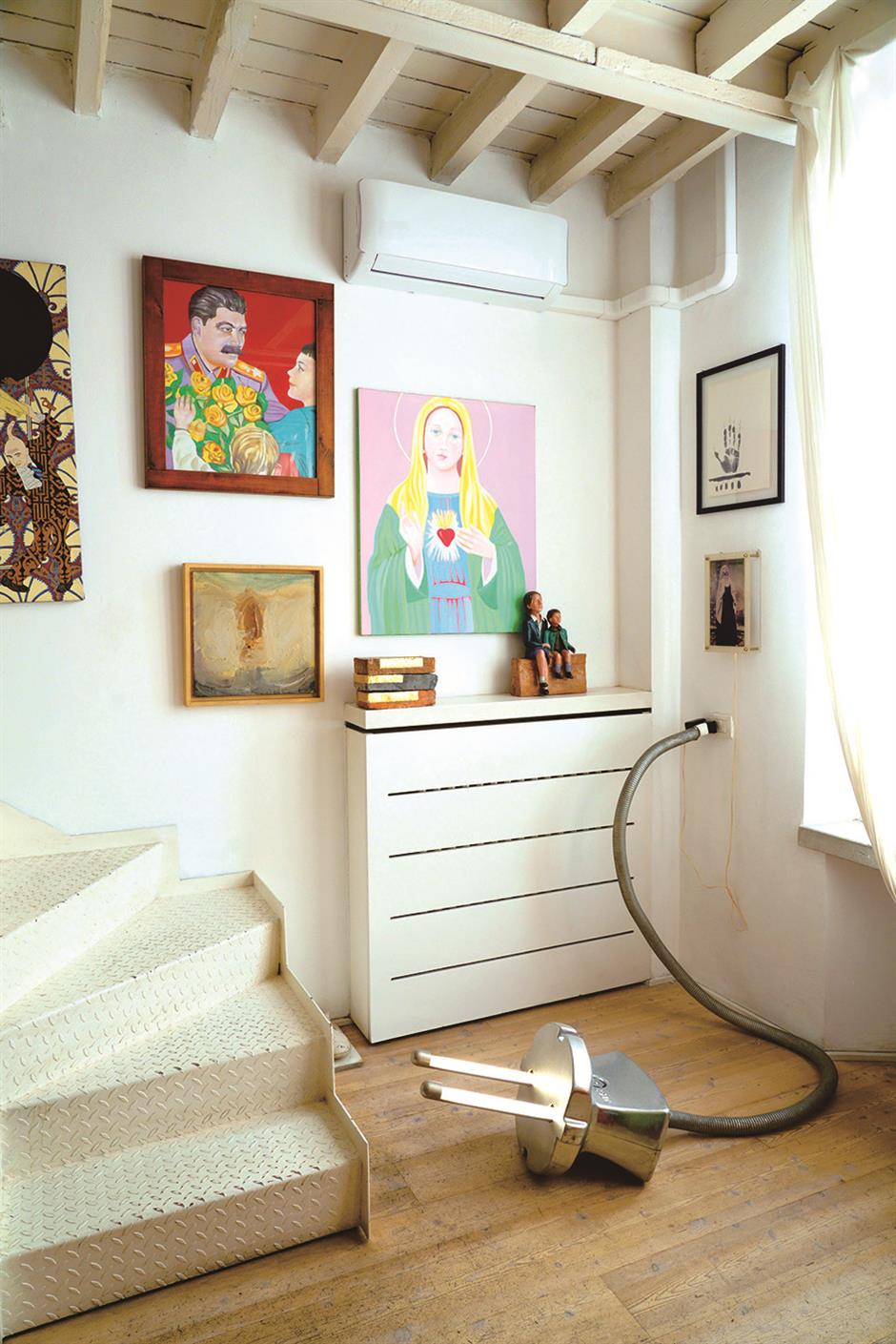 Aesthetic abode meets contemporary culture