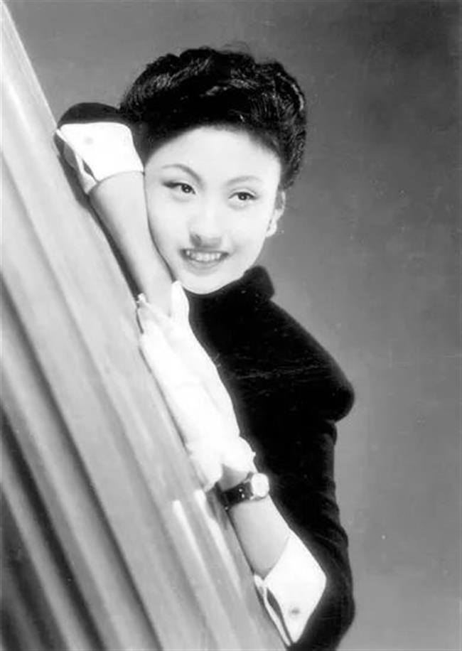 Chinas darling girl dies at the age of 95