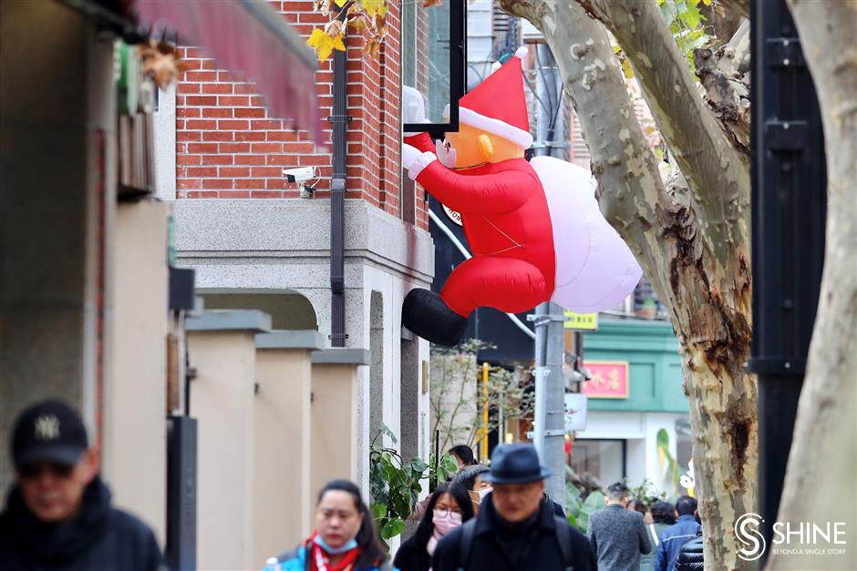 Festive move takes hold across city as Christmas approaches