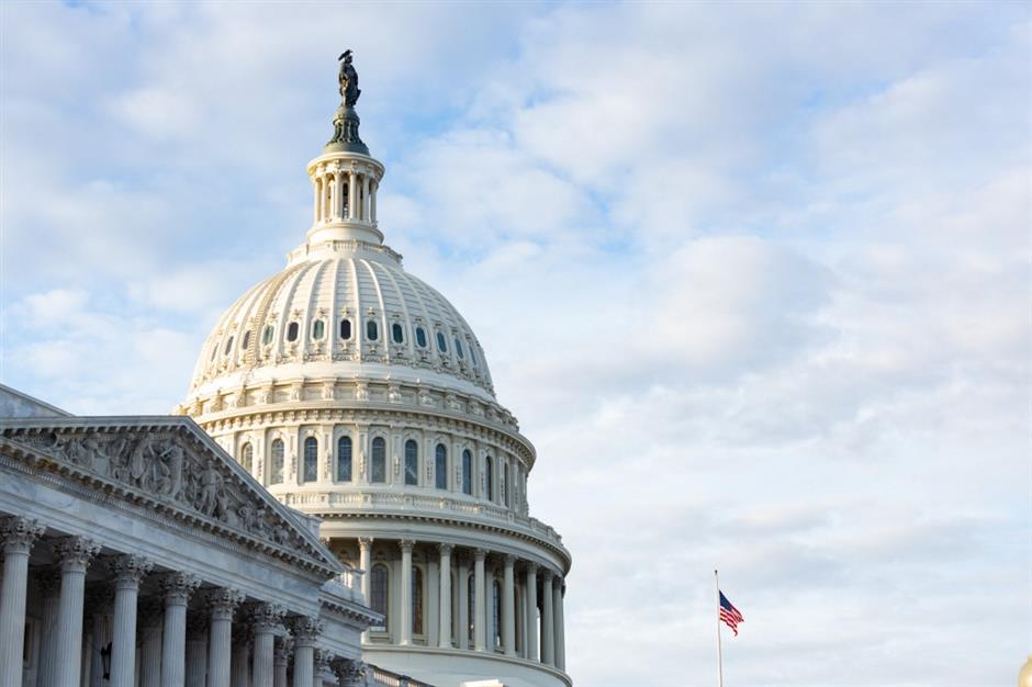 House lawmakers approve $900B coronavirus relief package