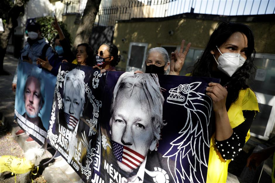 Mexico ready to offer Assange political asylum