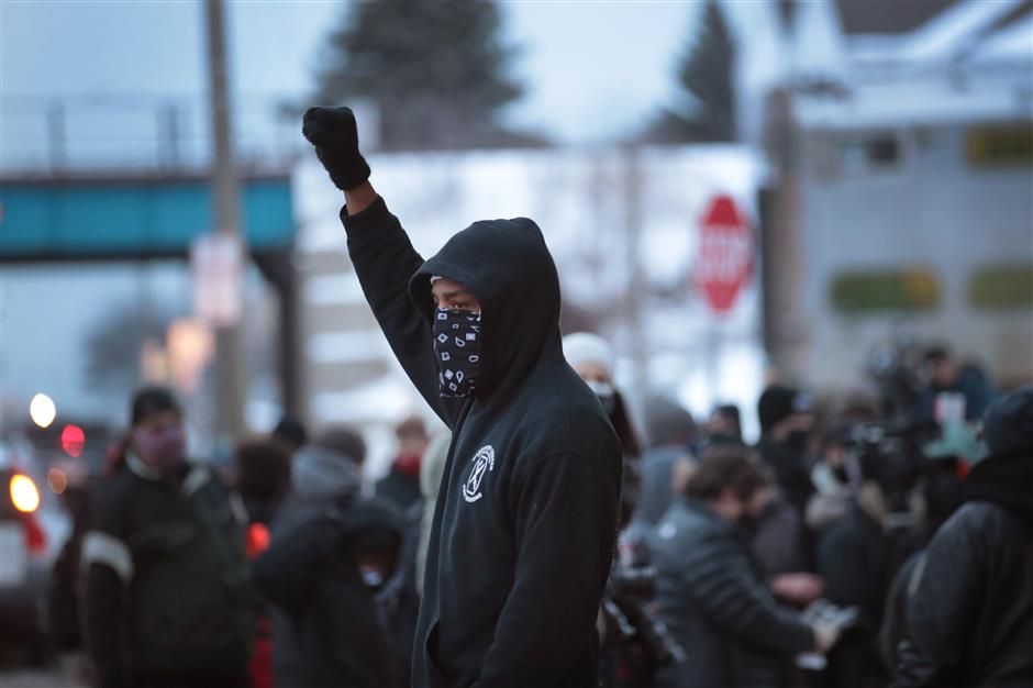 No Wisconsin charges against white officer in shooting of Blake