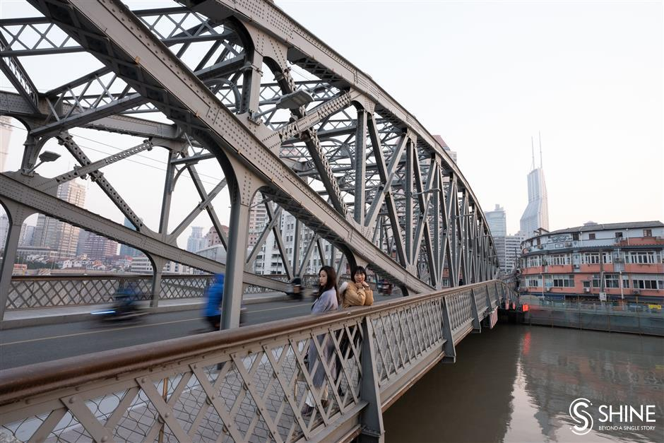 A walk along Suzhou Creek is a trip back in Shanghais historical past