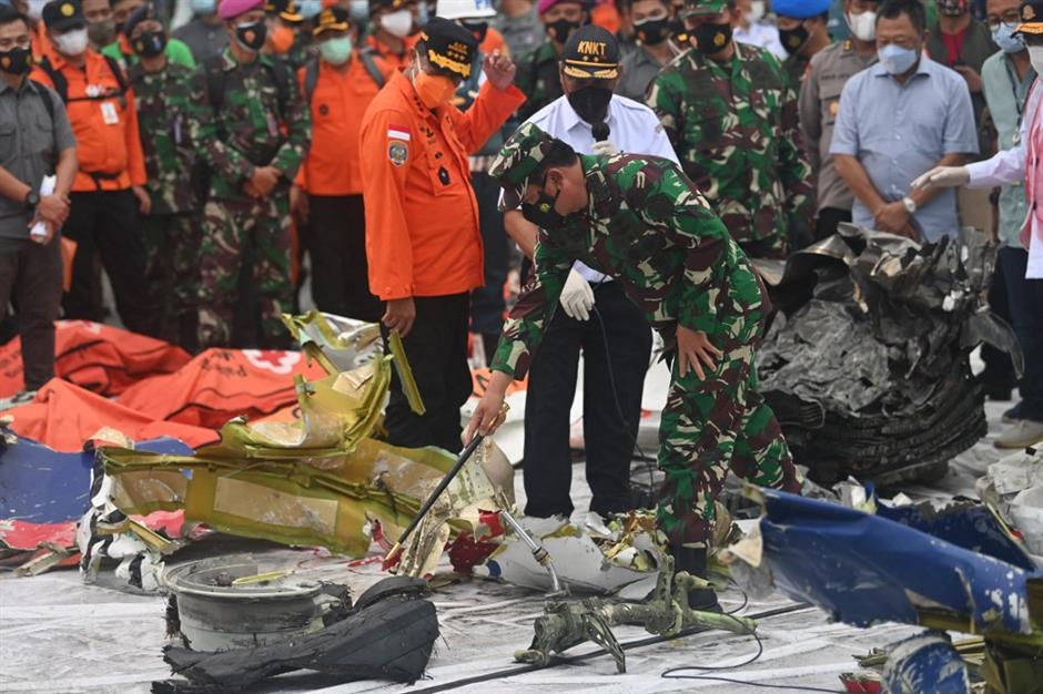 Indonesia recovers first black box from crashed plane